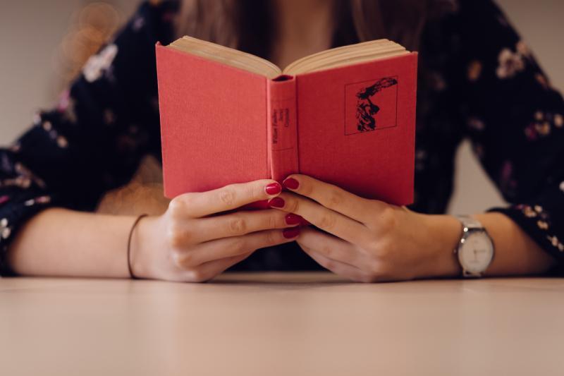 Gracias a la lectura, muchos valores pueden transmitirse de padres a hijos.