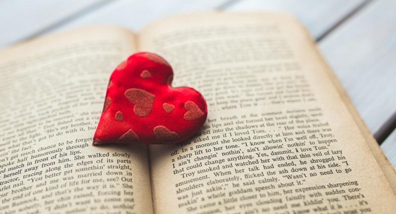 Editorial La Calle te propone regalar libros por San Valentín